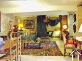 studio / bedroom access via courtyard on garden level