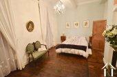 Grote slaapkamer appartement 2