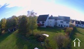 Groot dorpshuis recentelijk gerenoveerd