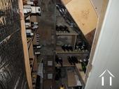 Wijnkelder onder de trap