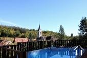 Charmant dorpshuis met zwembad en guesthouse