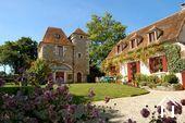 Huis en vakantiehuis nabij Lainsecq