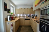 full furnished and equipped kitchen