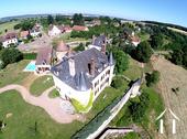 Historisch frans kasteel in perfecte staat te koop.