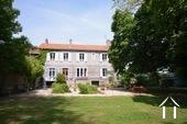 Maison de maitre met zwembad, tennis op een hectare