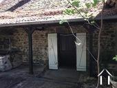access a la maison par le jardin