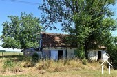 OPKNAPPER: Klein huis met tuin te renoveren in rustig dorp.