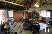 <en>double garage</en><fr>garage de 40 m2</fr>