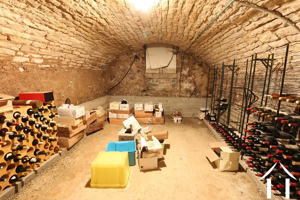 cellar wine france4u burgundy4u beaune koop