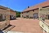 Complex van 4 huizen ten zuiden van Cluny Ref # JP5150S