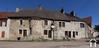 Groot huis in het midden van een dorp Ref # CR5226BS